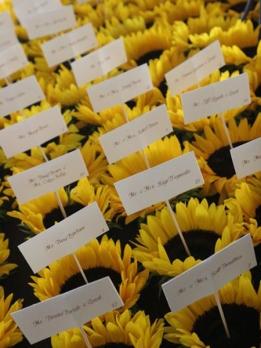 sunflower-escort-cards